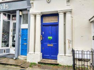 Puerta azul de la película de Notting Hill